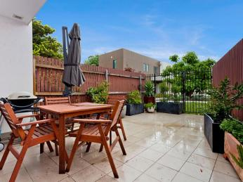 View profile: Exciting Inner South lifestyle or sound investment!