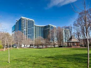 View profile: Executive Apartment in Perfect Location with Stunning Views