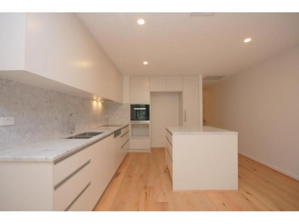 Greenwich Park - Brand New Two Level Two Bedroom Apartment